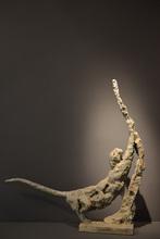 Patrick VILLAS - Sculpture-Volume - Panthère s'étirant contre l'arbre