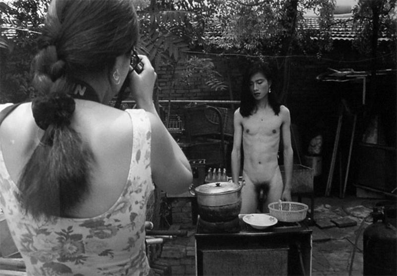 "RONG RONG - Fotografia - aus der Serie ""East Village Beijing"""