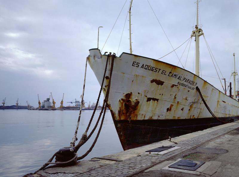 Johannes MUGGENTHALER - Photography -  Im Hafen (Ist das der Weg zum Paradies?)