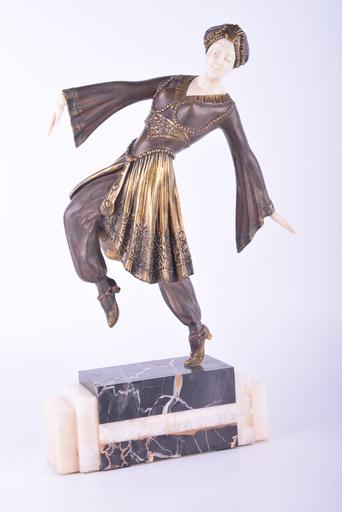 Georges GORI - Sculpture-Volume - Untitled (Female Dancer)
