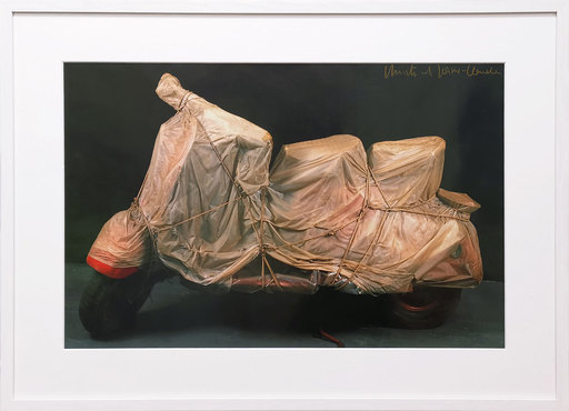 CHRISTO - Grabado - Wrapped Vespa
