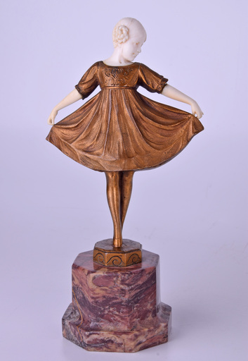 Johann Philipp Ferdinand PREISS - Sculpture-Volume - Untitled (Girl with the Dress)