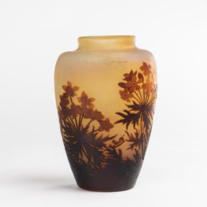 Émile GALLÉ - Emile Gallé (1846 - 1904), vase à décors de fleurs, XIXe