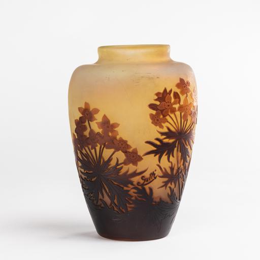 艾米里·加利 - Emile Gallé (1846 - 1904), vase à décors de fleurs, XIXe