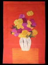 Bernard CATHELIN - Tapiz - Rose d'Inde et zinnia au vase hongrois sur fond rouge
