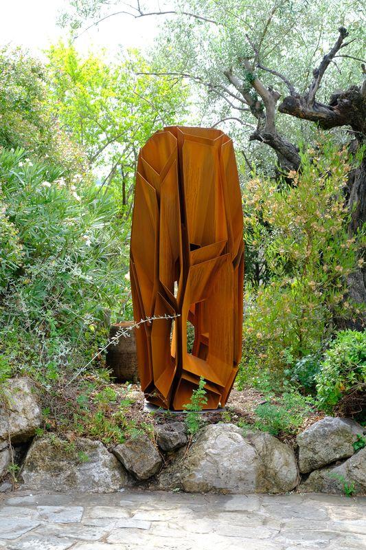 Arik LEVY - Sculpture-Volume - CraterStoneCell 206 Corten