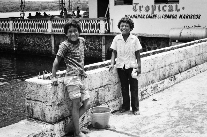 Robbert Frank HAGENS - Photography - Fish Friends (mo jars, chango meat & seafood) - Mexico 1978