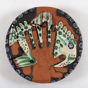 Pablo PICASSO - Ceramic - Mains au poisson (A.R.214)