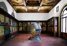 Candida HÖFER - Photography - Globus - Palas - Florenz
