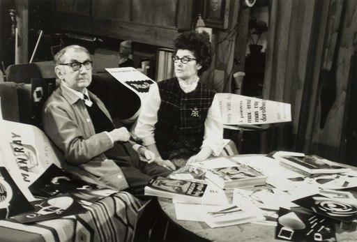 Nelly KAPLAN - Photo - Man Ray et Juliet in the studio, rue Férou