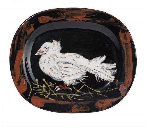 巴勃罗•毕加索 - 陶瓷  - Colombe sur lit de paille (A.R.79)
