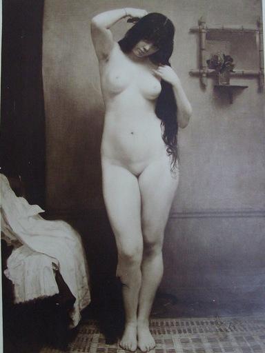 Jean DESPUJOLS - 照片 - femme nue se peignant