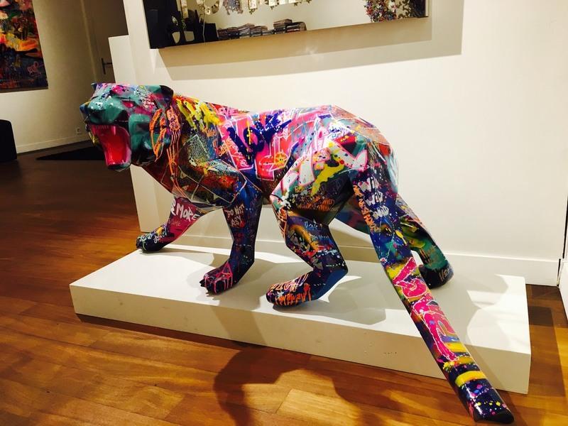 richard orlinski tagged tiger 1556884 place de march artprice. Black Bedroom Furniture Sets. Home Design Ideas
