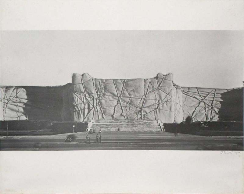 CHRISTO - Estampe-Multiple - Monuments, 7