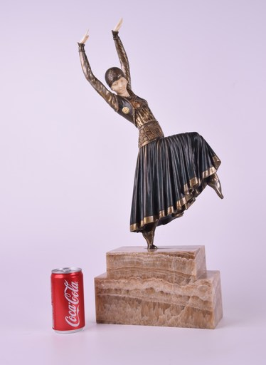 Dimitri CHIPARUS - Sculpture-Volume - A DANCER