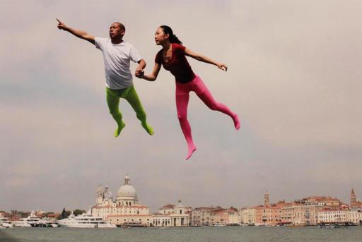 LI Wei - Fotografia - FLYNG OVER VENICE