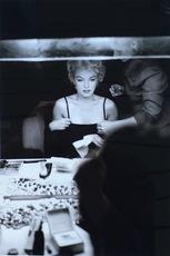 Sam SHAW - Fotografia - Marilyn in Dressroom, NYC, 1956