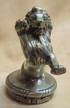 Gleb W. DERUJINSKY - Escultura - A bronze Rampant Lion mascot