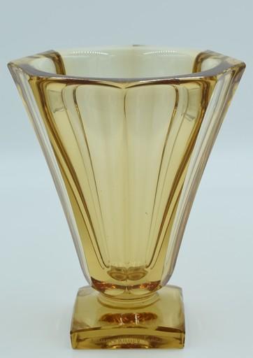 Antonin DAUM - Daum – Vase Art Déco  taillé à la meule