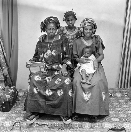 Malick SIDIBÉ - Fotografie - Famille Sarakolé