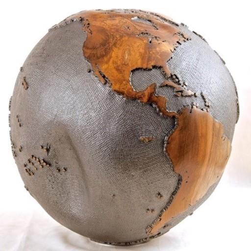 Bruno HELGEN - Sculpture-Volume - Globe Aluminium Hammered