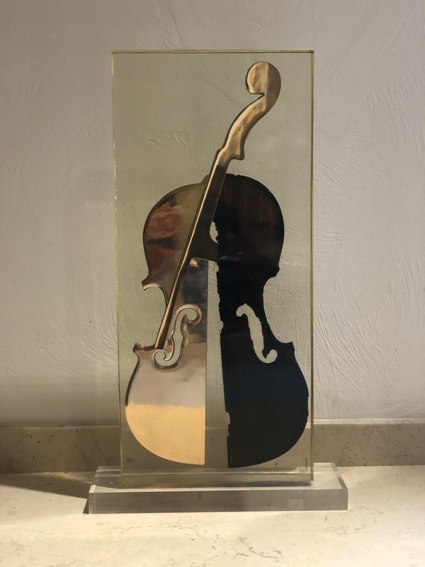 Fernandez ARMAN - Skulptur Volumen - Le dos valentine
