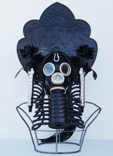 Vasily SLONOV - Sculpture-Volume - Kokosnik-Gas Mask «Love»