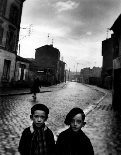 Louis STETTNER - Fotografie - Aubervilliers, two boys