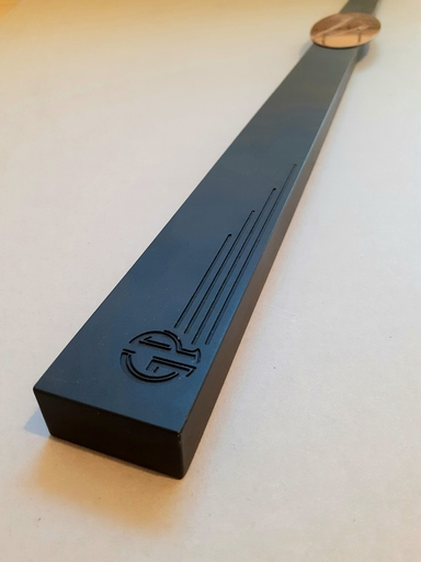 Gianni PIACENTINO - Sculpture-Volume - Initialed bar with metal s.m. 55 plate