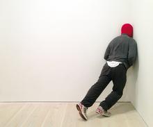 Mark JENKINS - Escultura - Cornered