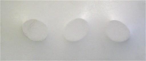 Turi SIMETI - Gemälde - Tre ovali in bianco