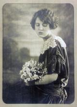 Béla KADAR - Fotografia - Portrait of Mary Elizabeth Gise (Mrs. Imre Deak)