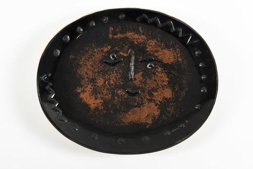 Pablo PICASSO - Ceramic - Visage dans un ovale
