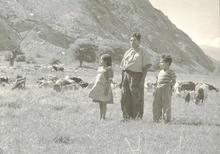 Martín CHAMBI - Fotografia - Cusco ( man two children)