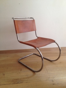Ludwig MIES VAN DER ROHE, Chaise MR 20