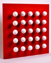 Antonio ASIS - Sculpture-Volume - boules tactiles sur font rouge