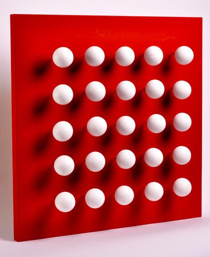 Antonio ASIS - Escultura - boules tactiles sur font rouge