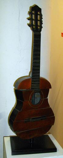 Fernandez ARMAN - Sculpture-Volume - À Séville Guitara