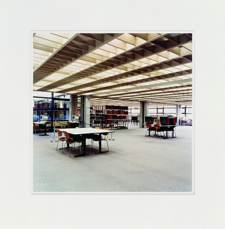 Candida HÖFER - Fotografia - Universitaet Bibliothek Hamburg