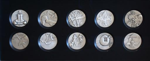 Salvador DALI - Sculpture-Volume - The Ten Commandments
