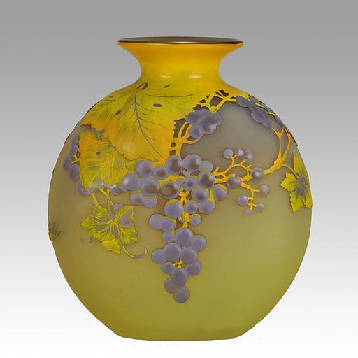 Émile GALLÉ - Souffle 'Raisins' Vase