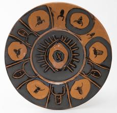 巴勃罗•毕加索 - 陶瓷  - Plat Espagnol, Têtes de Taureau au Soleil
