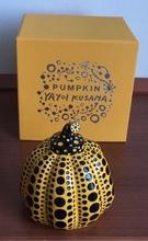 Yayoi KUSAMA - Escultura - PUMPKINS