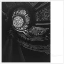 杉本博司 - 版画 - Staircase at Villa Farnese