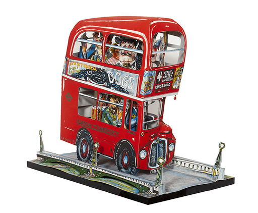 Red GROOMS - Scultura Volume - London Bus