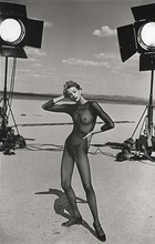 Peter LINDBERGH - Photography - Kristen Mc.Menamy,  El Mirage, California , 1996