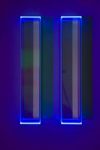 Regine SCHUMANN - Sculpture-Volume - Colormirror rainbow glow after blu milan