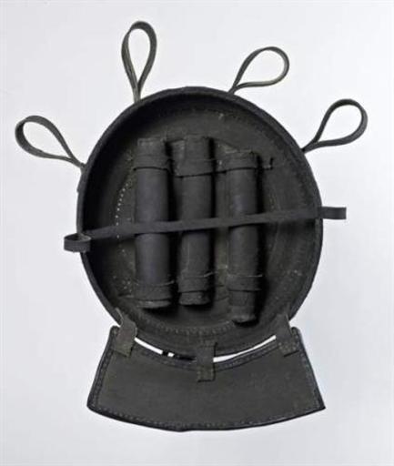François ARNAL - Escultura - Sans Titre (Série des outils des meeps)