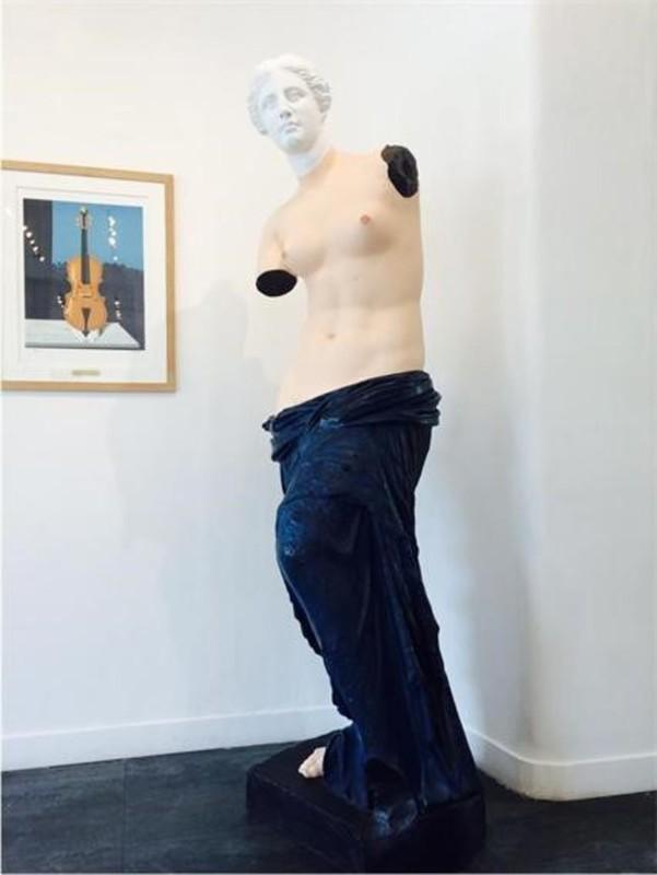 René MAGRITTE - Sculpture-Volume - LES MENOTTES DE CUIVRE