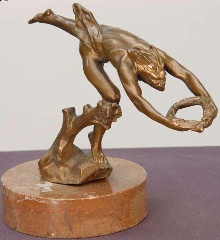 Ladislav SALOUN - Sculpture-Volume - Runner with Laurel